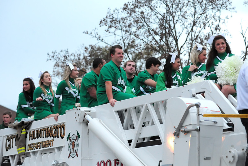 parade0192.jpg