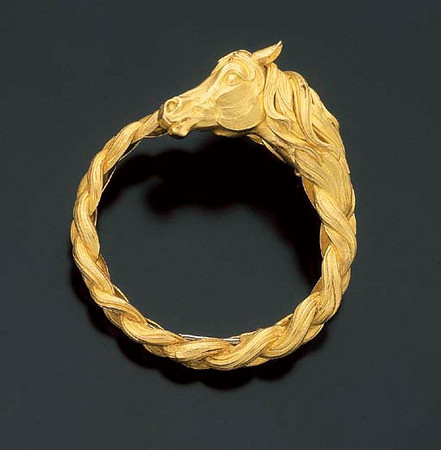 Hermès Tête de cheval (Horse Head) Gold bracelet