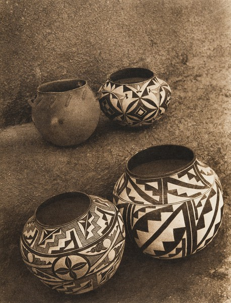Laguna cooking-pot and Acoma water-jars (The North American Indian, v. XVI. Norwood, MA, The Plimpton Press,  1926)