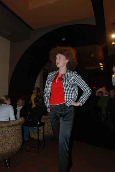 Twist Fashion Show New View Plum Dior