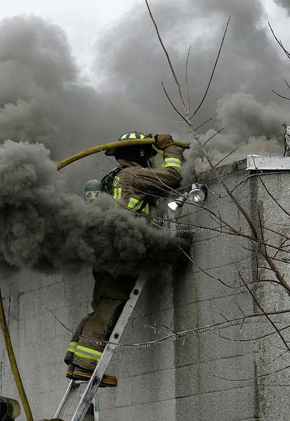 December 16, 2008 - 5th Alarm - 1050 Birchmount Rd