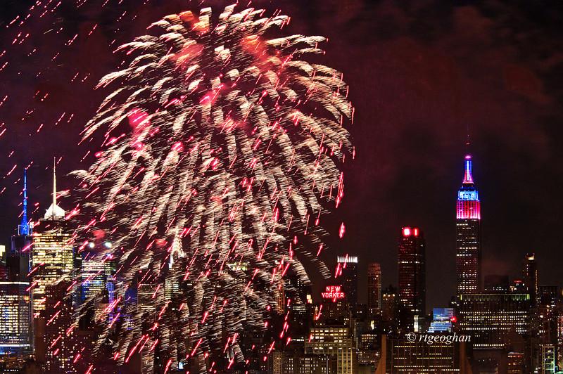 July 4_Macy Fireworks_1214.jpg
