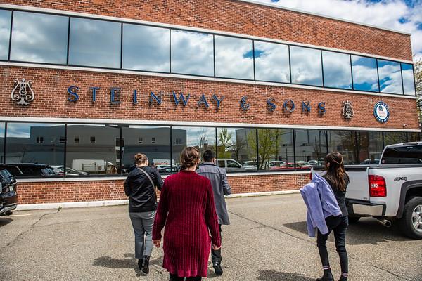 M21069- Steinway, Piano New York Trip
