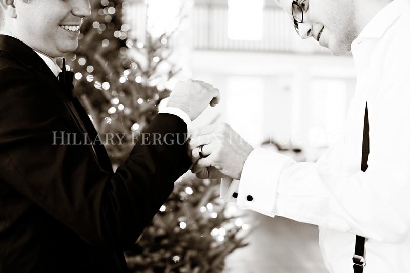 Hillary_Ferguson_Photography_Melinda+Derek_Getting_Ready336.jpg