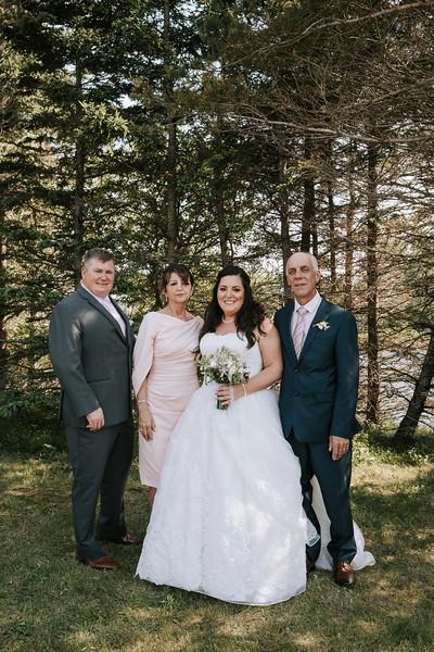 Shila&Tylor-Family-2.jpg
