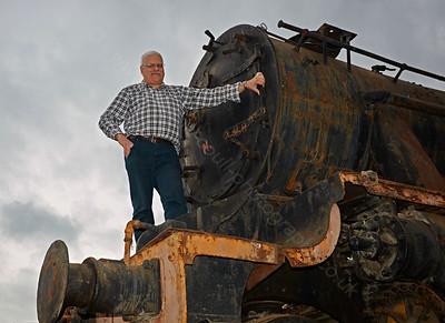 8F Steam Locomotive