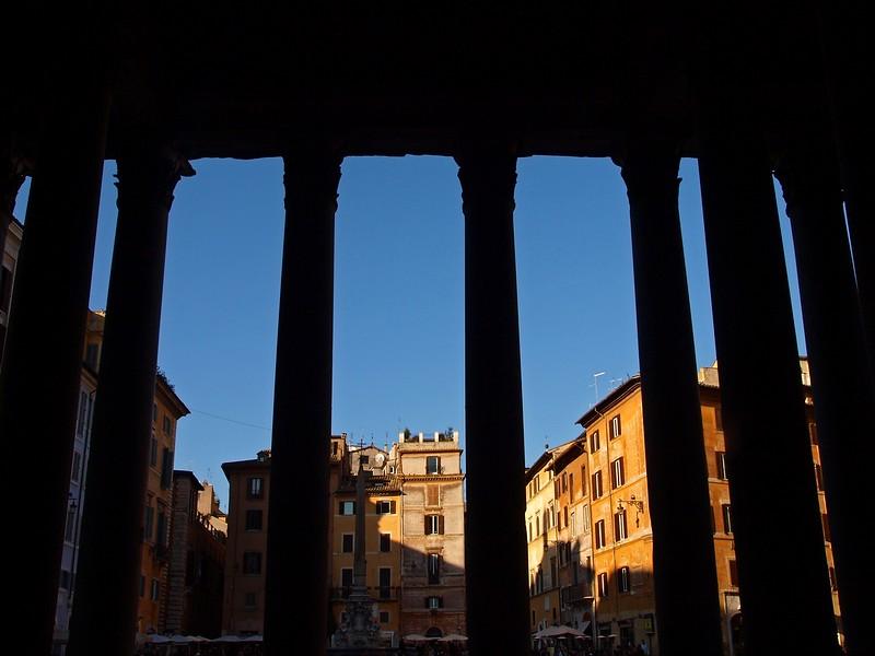 Rome Pantheon 30-1-09 (3).jpg