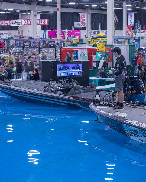 Ultimate Fishing Show 2018-11.jpg