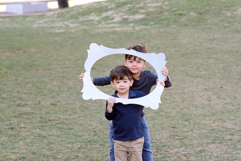 Siblings_Max and Miles Bailer.JPG