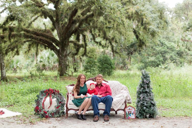 Holiday Minis- Heliin Family-1.jpg