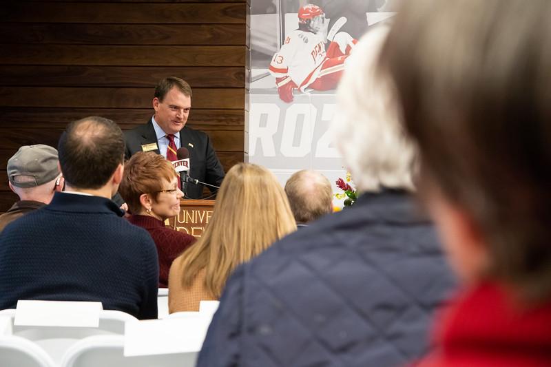 20181103-DU-Hockey-RibbonCutting-209.jpg