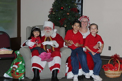 Pictures with Santa 2016