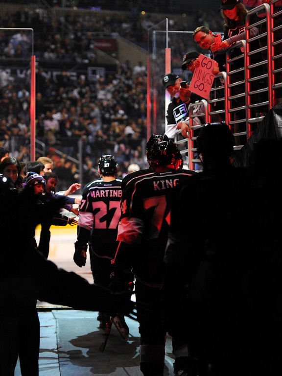 . The Kings come onto the ice for the second period against the Blackhawks for game six of the Western Conference Finals, Friday, May 30, 2014, at Staples Center. (Photo by Michael Owen Baker/Los Angeles Daily News)