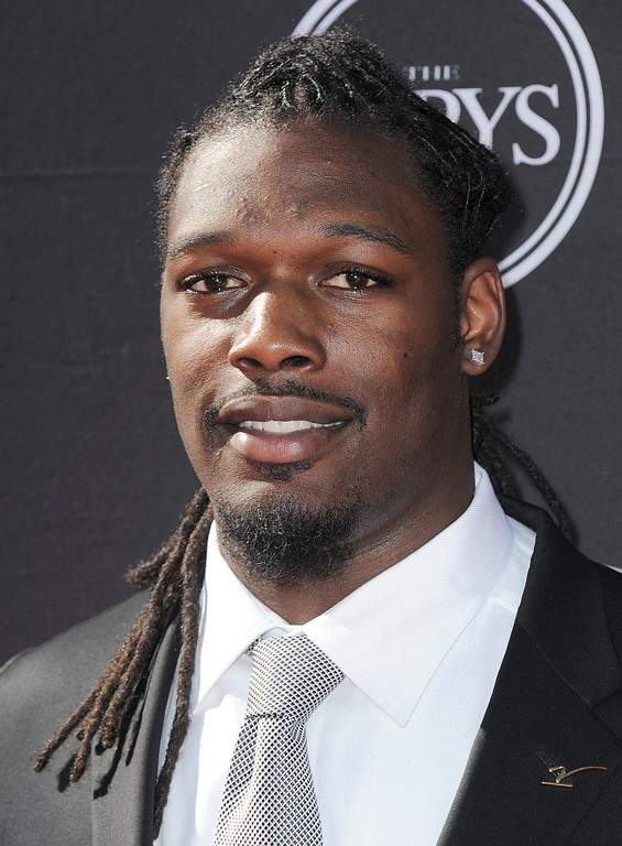 . South Carolina football player Jadeveon Clowney arrives at the ESPY Awards on Wednesday, July 17, 2013, at Nokia Theater in Los Angeles. (Photo by Jordan Strauss/Invision/AP)