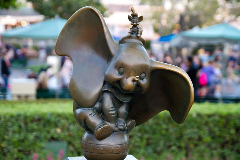 Dumbo Statue