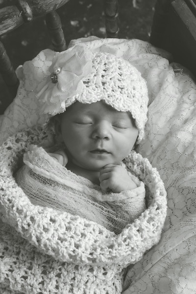 EMERSYN NEWBORN EDITED-77.JPG