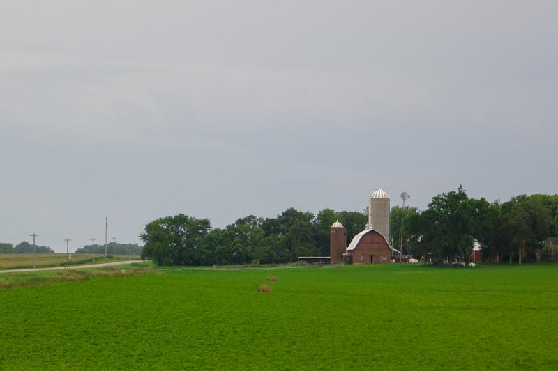 Southern Minnesota Barn & Silos