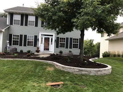 Potter Touch Front Yard