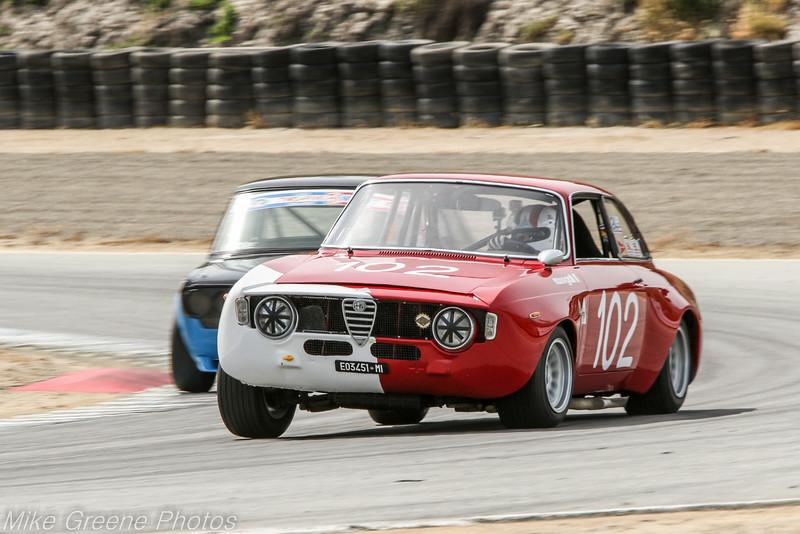 Brandon Adrian (1967 Alfa Romeo GTA), Troy Ermish (1971 Datsun 510)