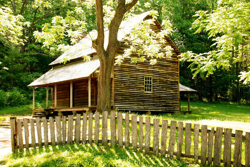 Smoky Mountains - Cades Cove Cabin