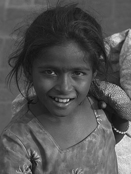 NE-INDIA-20041027A-72A-BW.jpg