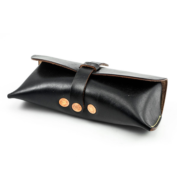 W&A-Case 02 - The W & Anchor Leather Glasses Case No. 202.jpg