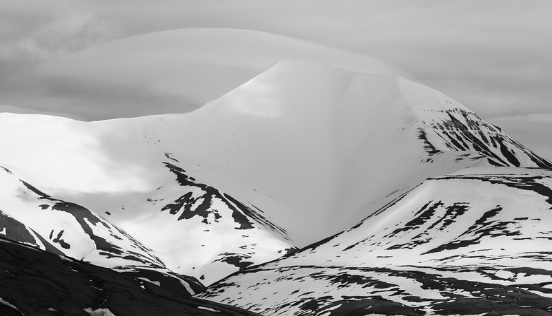 Inspirato-Arctic_Expedition18-02-Longyearbyen-0054.jpg