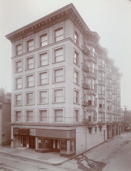 Exterior view of the Brisbee Inn on Third Street in Los Angeles, 1900-1909