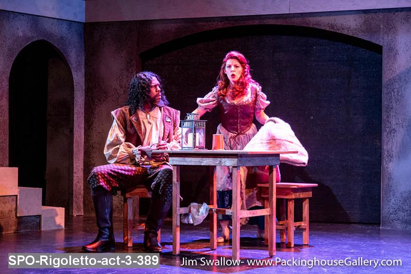 SPO-Rigoletto-act-3-389.jpg