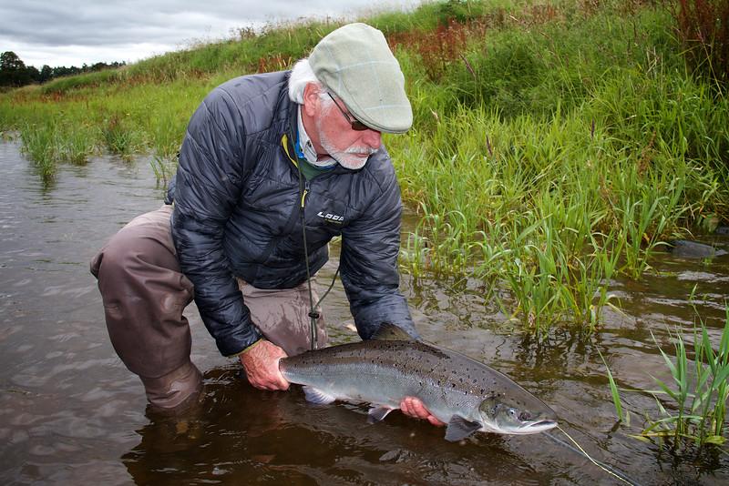 Fresh Salmon 170.jpg
