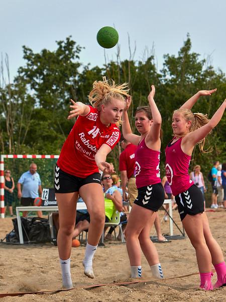 Molecaten NK Beach Handball 2015 dag 2 img 051.jpg