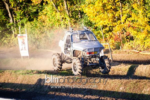 TRI TRUCK CHALLENGE - Vermonster 4x4 Fall Festival - September 2014