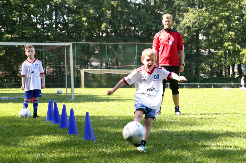 hsv_fussballschule-128_48047990818_o.jpg