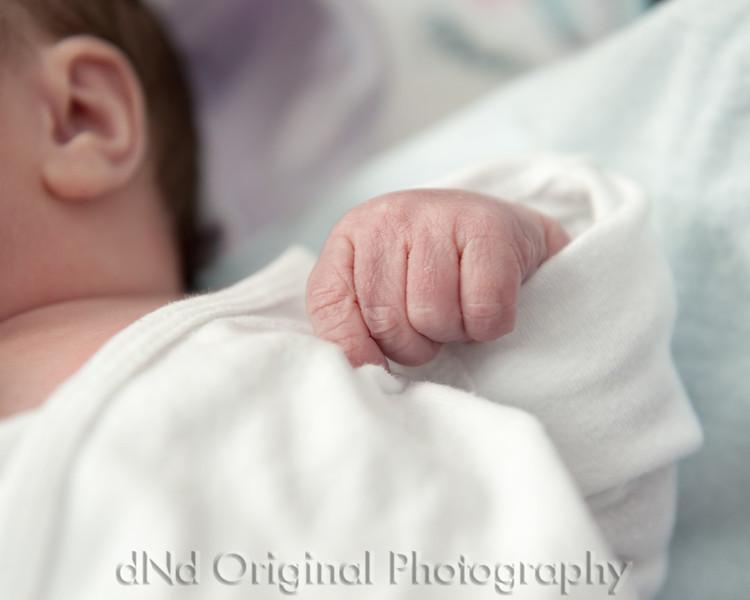 41 Kaelan Newborn (10x8).jpg