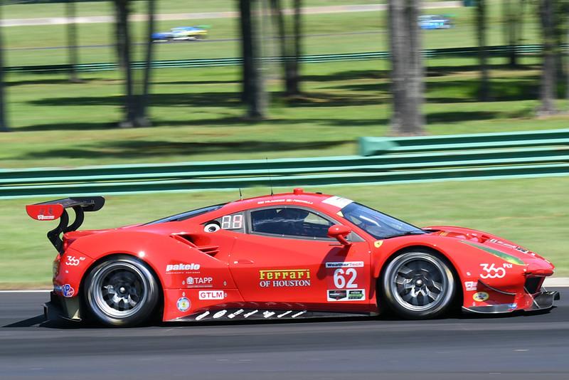 Ferrari 488 01.jpg