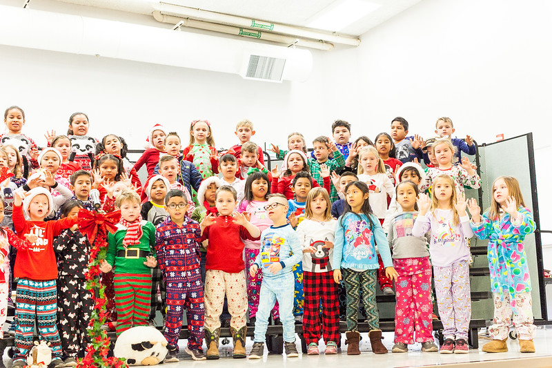 Christmas First Grade-98.jpg