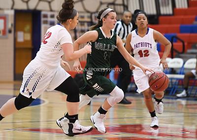 Girls Basketball: Loudoun Valley vs. Park View 1.12.17
