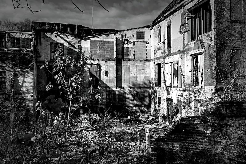 6094 b&w jikpix infrared01.jpg