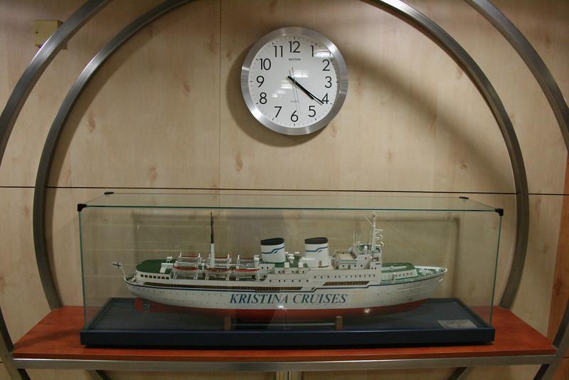 2010 - On board M/S KRISTINA KATARINA : model of the older ship of the company, S/S KRISTINA REGINA.