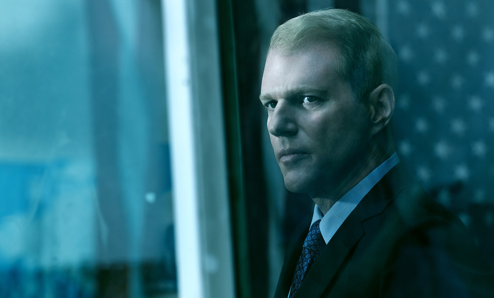 . THE AMERICANS - Pictured: Noah Emmerich as Stan Beeman. (Photo by Frank Ockenfels/FX)