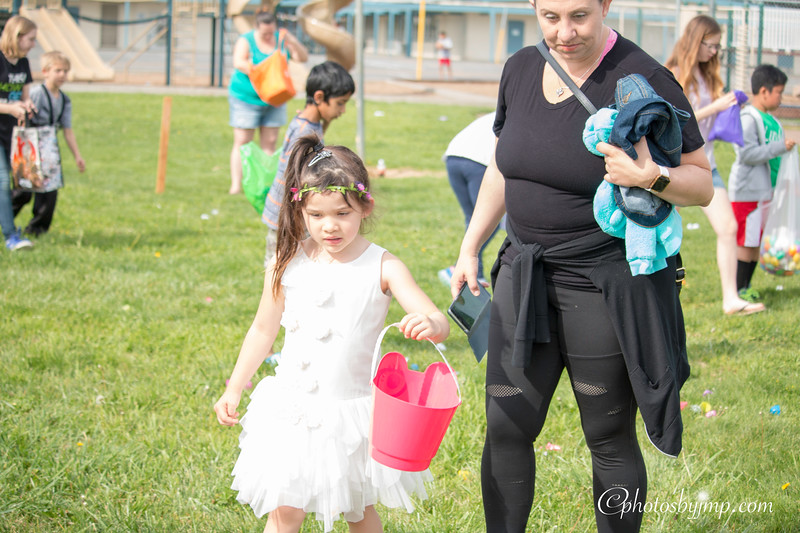 Community Easter Egg Hunt Montague Park Santa Clara_20180331_0162.jpg