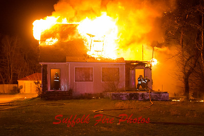 Mastic Working House Fire  Montauk Hwy and Oakland [3.31.16]