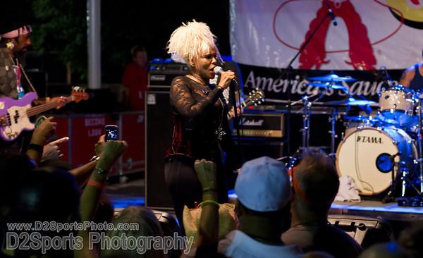 Mother's Finest Concert 6/10/2011