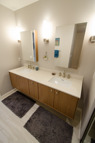 sleek-bathroom-001.jpg