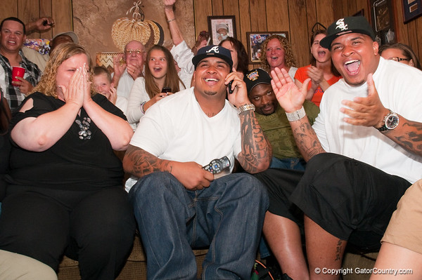 Photo Gallery: Maurkice Pouncey Draft Day, 4/22/10