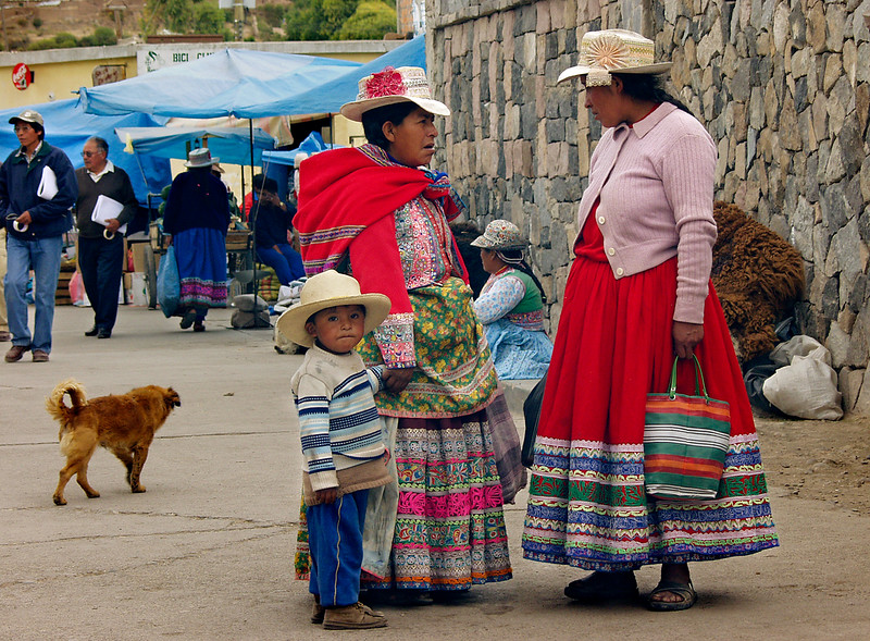 P4 - Peru - Chivay - Ladies and a boy in the market.jpg