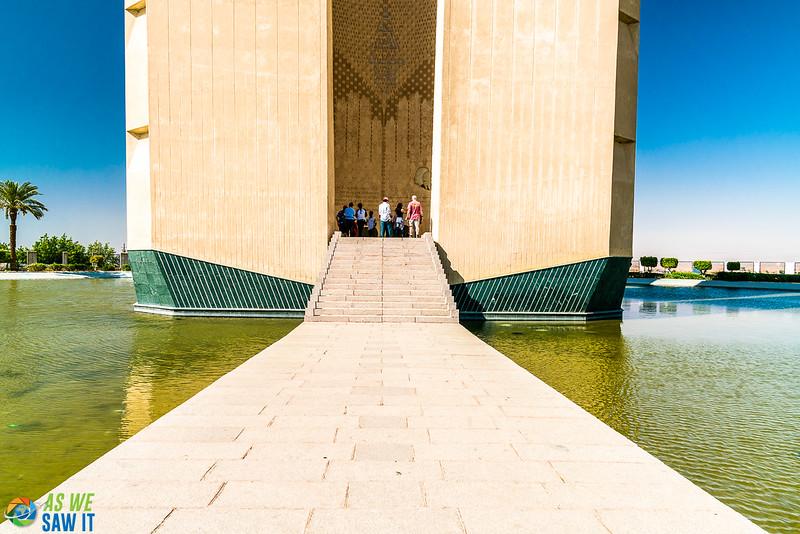 Aswan-High-Dam-03974-12.jpg