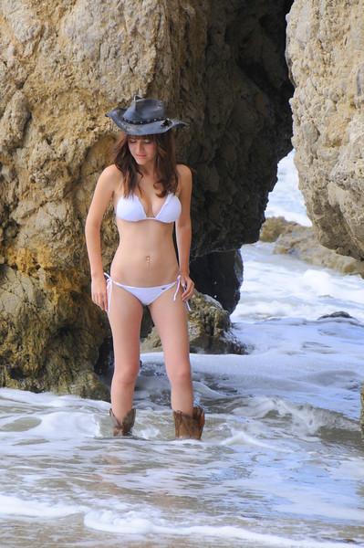 swimsuit model beautfiful woman malibu 551.45.4.5