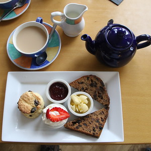 Cemlyn Tea Shop - 29 June 2017