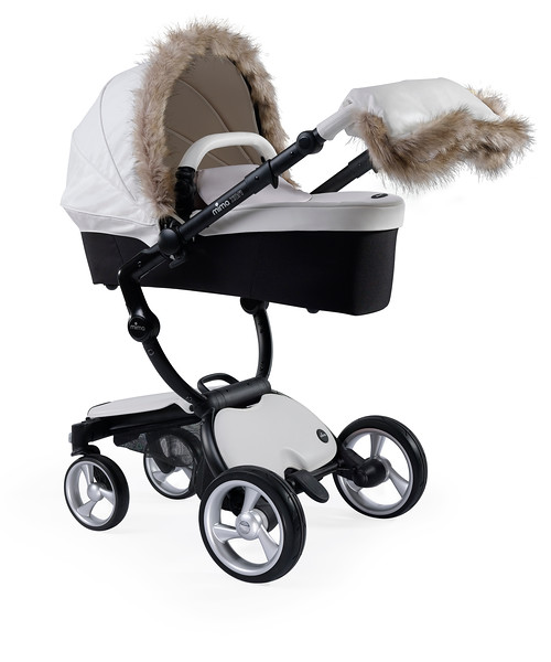 Mima_Product_Shot_Accessories_Winter_Kit_Snow_White_Furry_Canopy_Carrycot.jpg